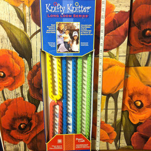 Other - Knitter Knifty Knit Long Knitting Loom
